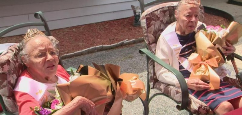 Maryland county throws birthday party for 100-year-old twins